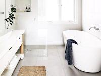 Đây là một ví dụ điển hình khi nhắc đến thiết kế nhà vệ sinh đẹp hiện đại với màu sắc nhẹ nhàng.