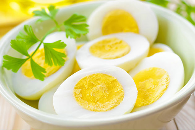 Giảm cân bằng trứng gà luộc