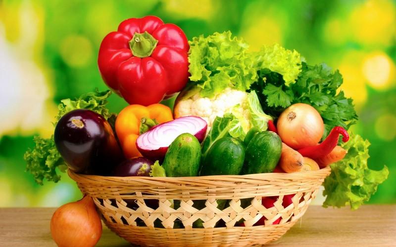 Rau củ quả không chỉ giúp làm đẹp da, giảm cân mà còn giúp giảm táo bón sau sinh