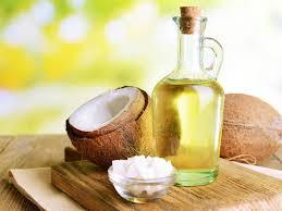 Làm trắng da bằng dầu dừa có thực sự hiệu quả